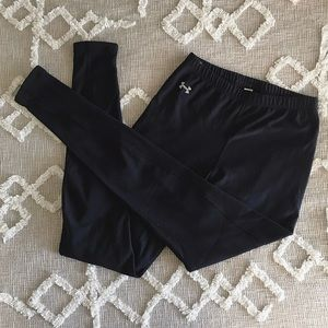 UA Black Non-Slip Leggings